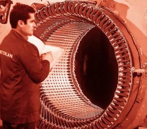 Reparación de máquinas motor roja